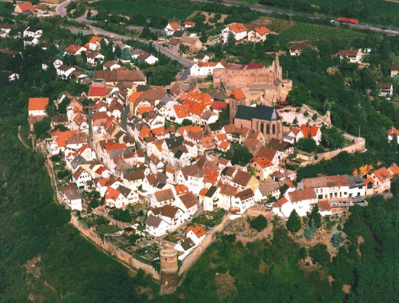 Burg Neuleiningen bei Neuleiningen | Pfalz.de